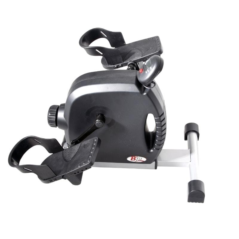 Pedaltræner med gode pedaler til brug fra stol eller køre