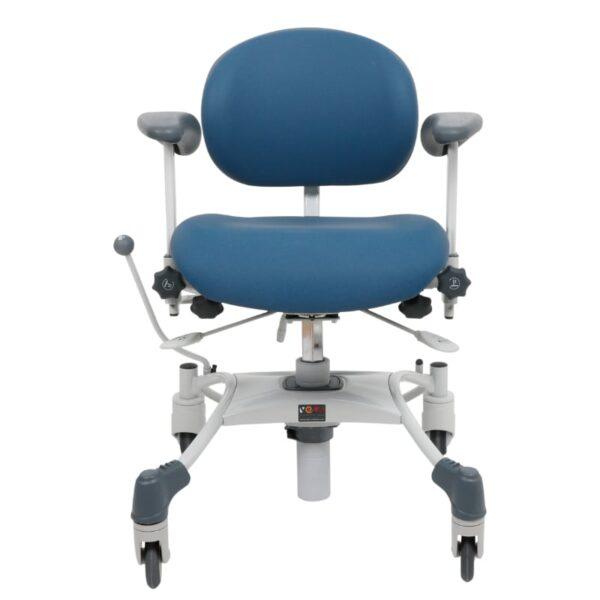 VELA stol Medium træningsstol med bremse afspritbar-for