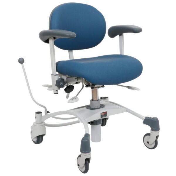 VELA stol Medium træningsstol med bremse afspritbar-for-højre